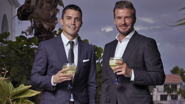 ¿Cuánto mide Álex González? (Actor) - Altura Alex-Gonzalez-divierte-Beckham-Miami_TINIMA20150919_0016_5