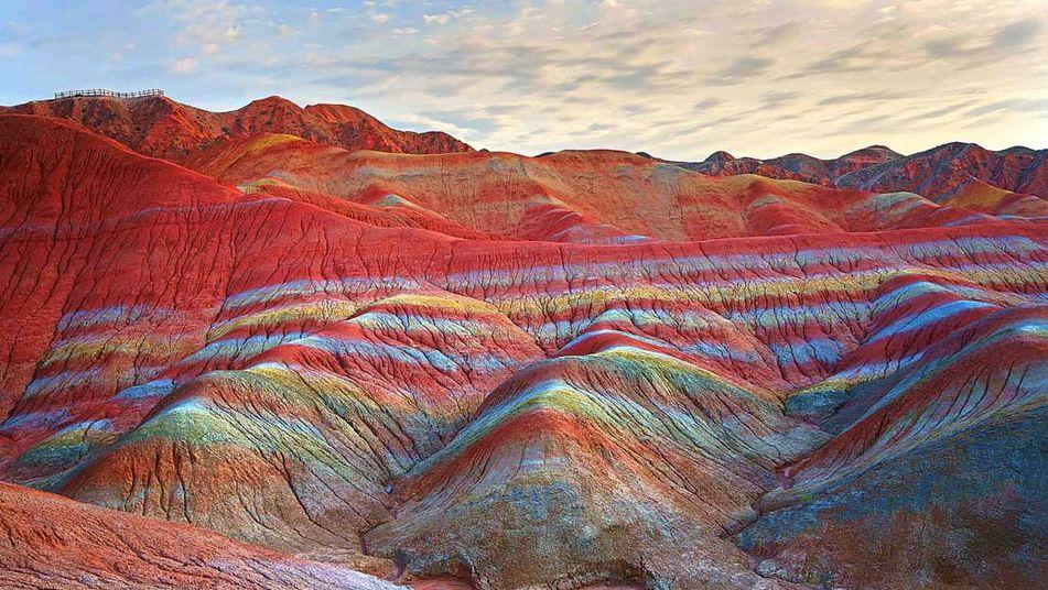 LE BO, LE TENDRE ET L' EPATANT Vista-formaciones-Zhangye-Danxia-China_TINIMA20130125_0505_3