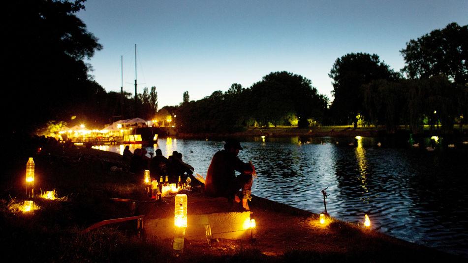 Rincones para soñar Alemanes-disfrutan-noches-verano-Berlin_TINIMA20120802_0109_3