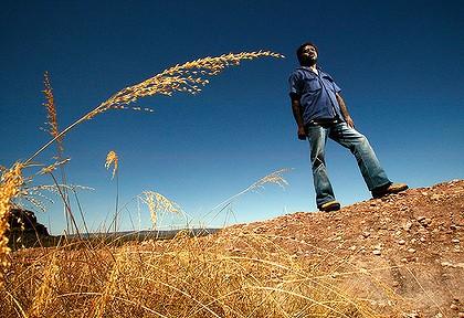 En Australie, un Aborigène déjoue les projets de mines d'uranium d'Areva Lee_main-420x0