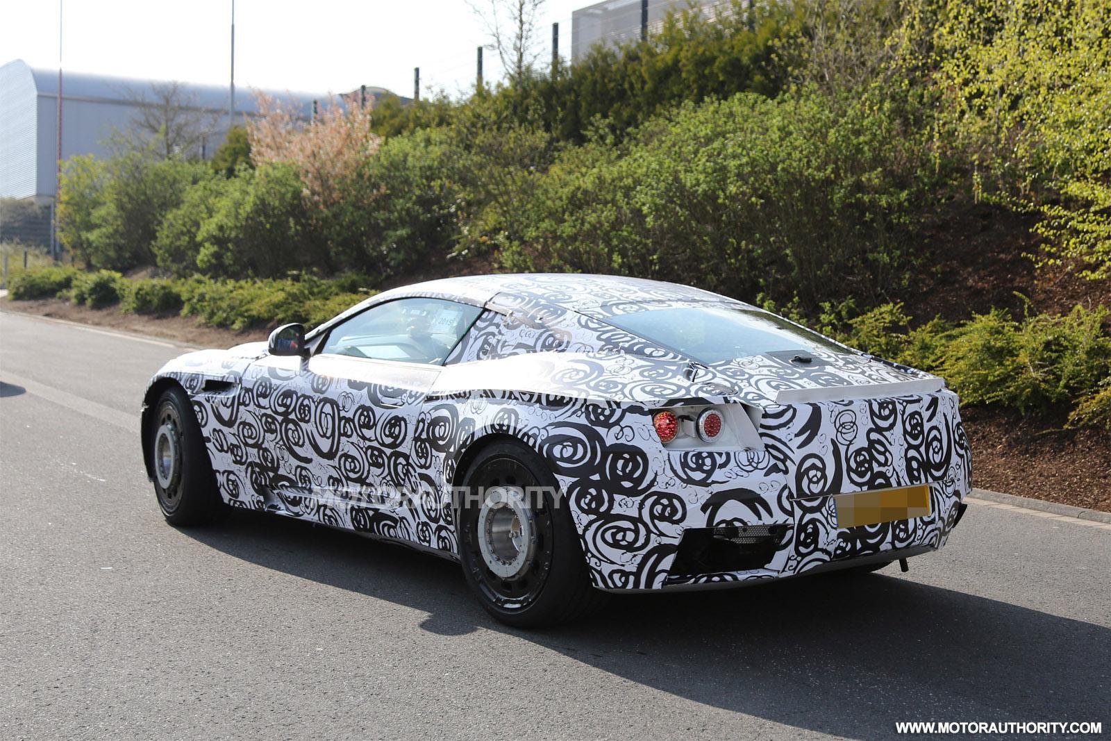 2016 - [Aston Martin] DB11 2017-aston-martin-db11-db9-successor-spy-shots_100508946_h