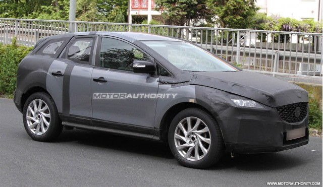 2011 - [Mazda] CX-5 - Page 3 2012-mazda-cx-5-spy-shots_100348434_m