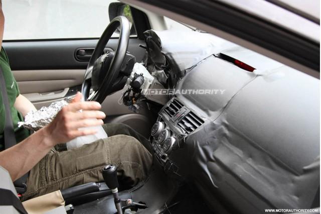 2011 - [Mazda] CX-5 - Page 3 2012-mazda-cx-5-spy-shots_100348439_m