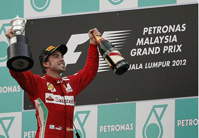 Fernando Alonso, F1  Fernando-alonso-takes-top-podium-spot_100386241_m