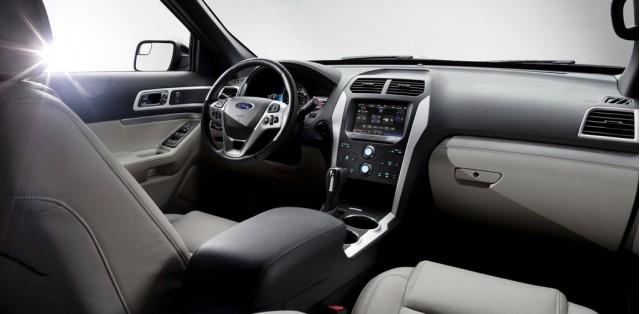 .. Ford Explorer 2011 .. Ford_100317152_m