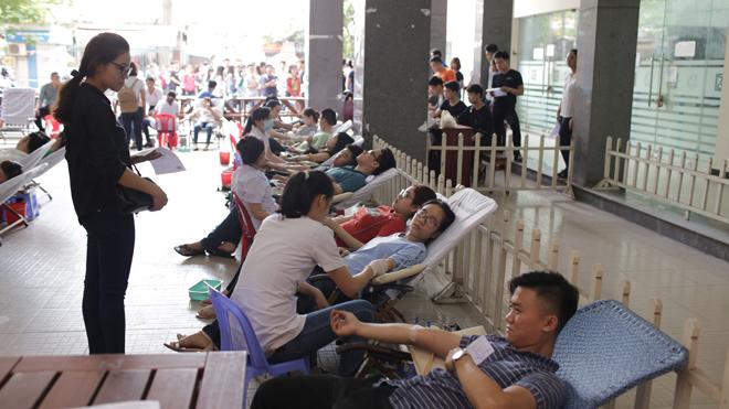 Đà Nẵng tiếp nhận thêm 400 đơn vị máu từ sinh viên 8_6_a1_hien_mau_SIPN