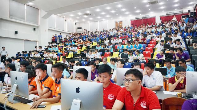 Sinh viên ĐH Duy Tân đoạt giải Nhất Olympic Vật lý toàn quốc 2016 Anh_1_QPMM