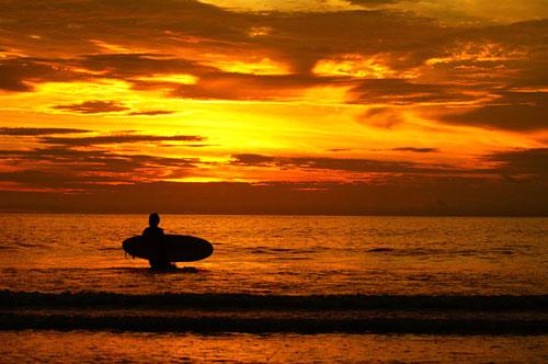 Khoảnh khắc đẹp của Đông Nam Á 815473494_Sunset_Bali__Indonesia