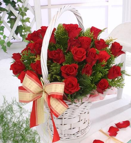 Câu lạc bộ handmade: Hướng dẫn cách cắm hoa và thuyết trình cắm hoa ngày 20/10 Huong-dan-cach-cam-hoa-va-thuyet-trinh-cam-hoa-ngay-2010_1412824312_4