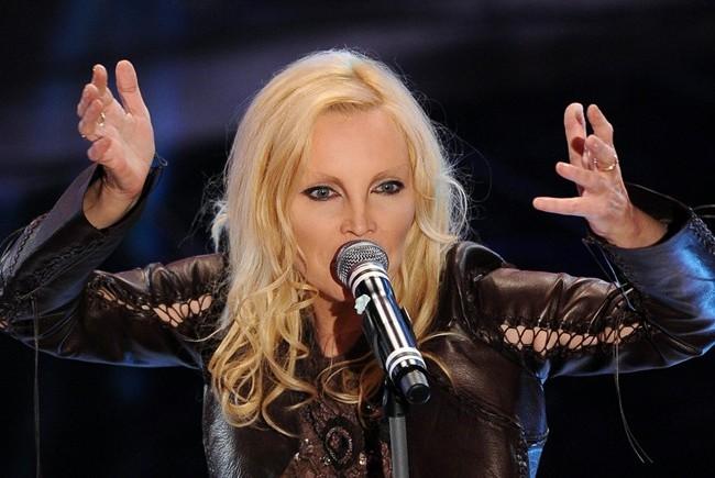 FESTIVAL DI SANREMO 2011: I CANTANTI - LE CANZONI - I TESTI Sanremo-patty-pravo_650x435