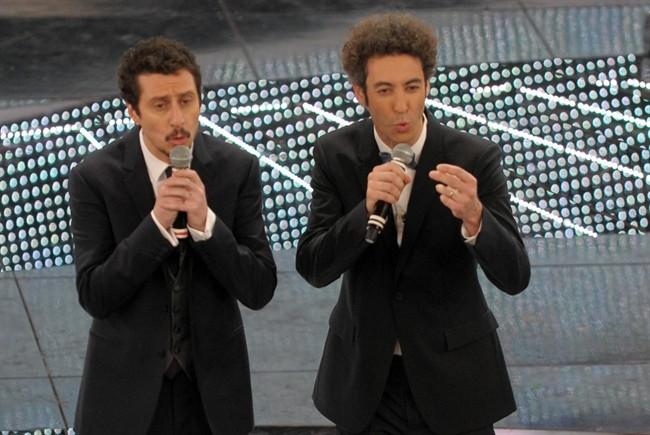 FESTIVAL DI SANREMO 2011: I CANTANTI - LE CANZONI - I TESTI Sanremo-luca-e-paolo_650x435