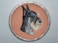 Роспись на ломаной яичной скорлупе,гуашь 10497616_s