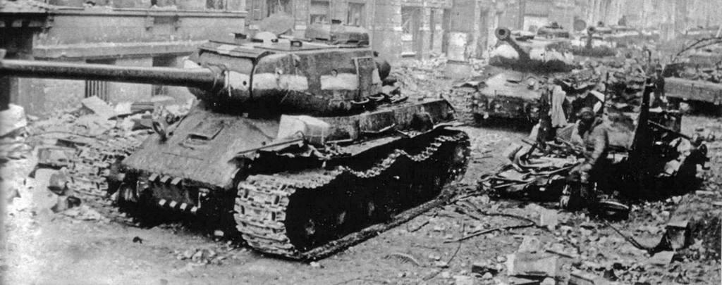Тяжелый советский танк ИС-2 15341411