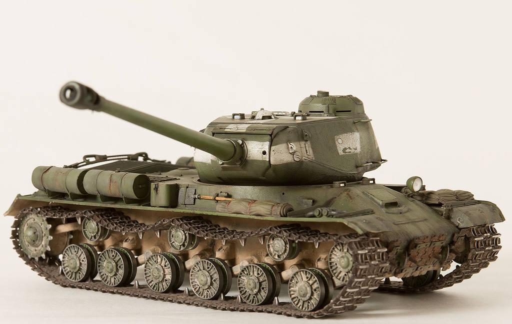 Тяжелый советский танк ИС-2 15341427