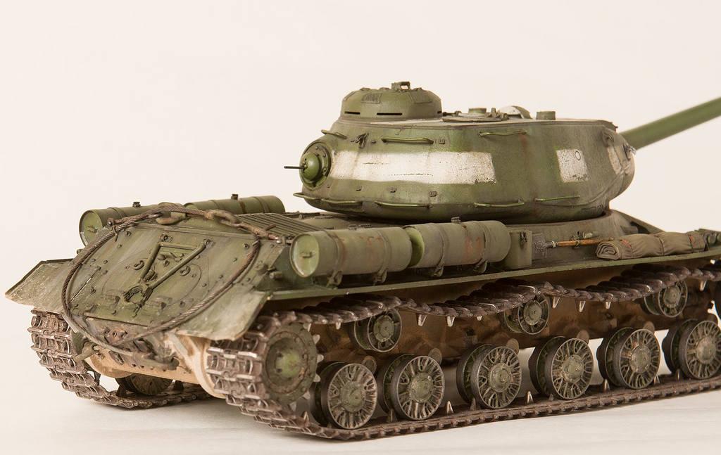 Тяжелый советский танк ИС-2 15341434
