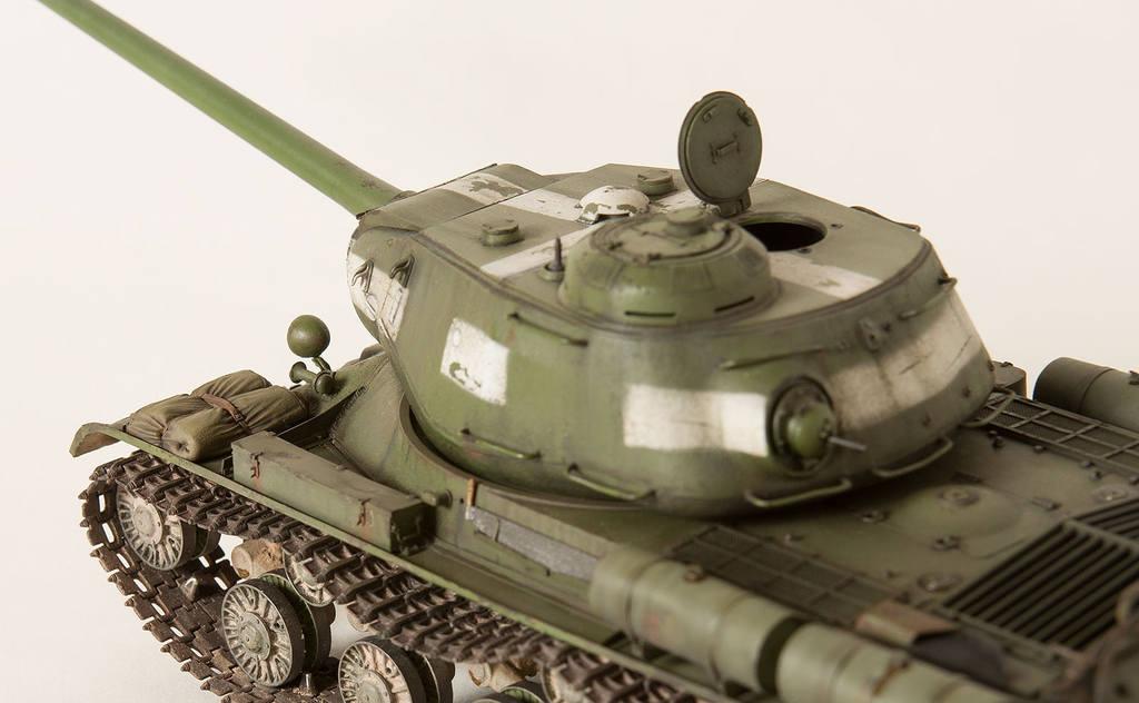 Тяжелый советский танк ИС-2 15341430