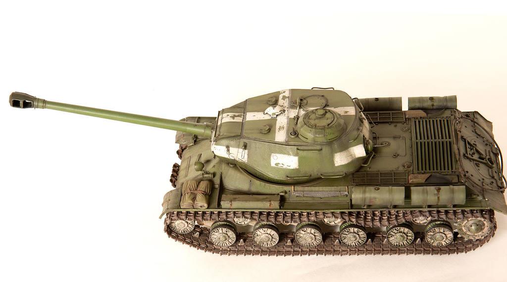 Тяжелый советский танк ИС-2 15341432