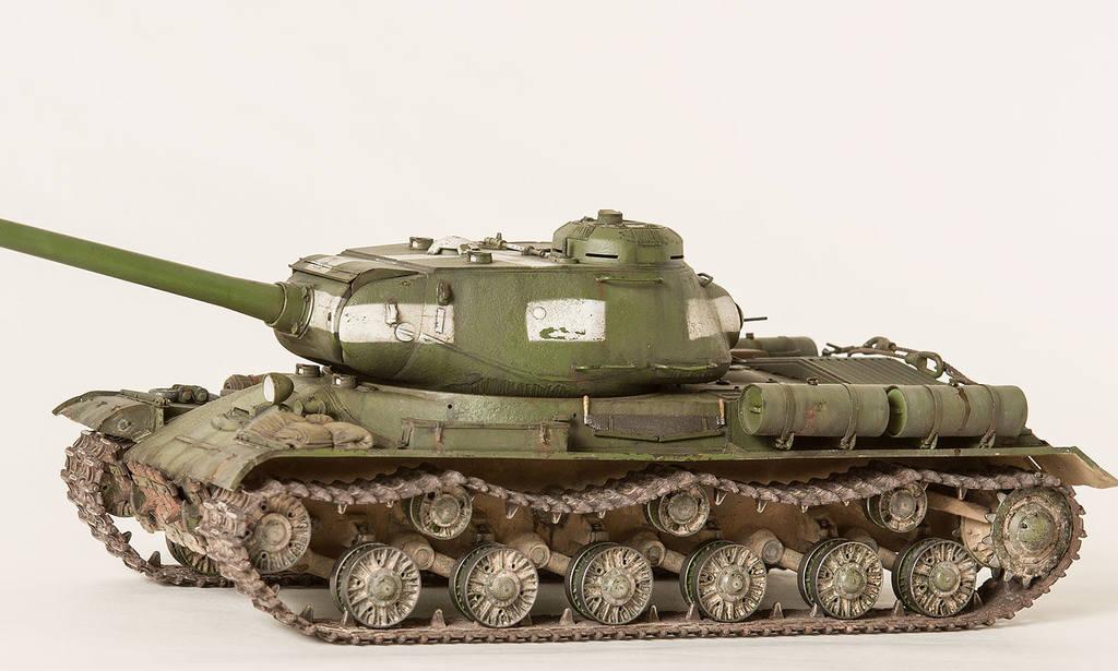 Тяжелый советский танк ИС-2 15341668