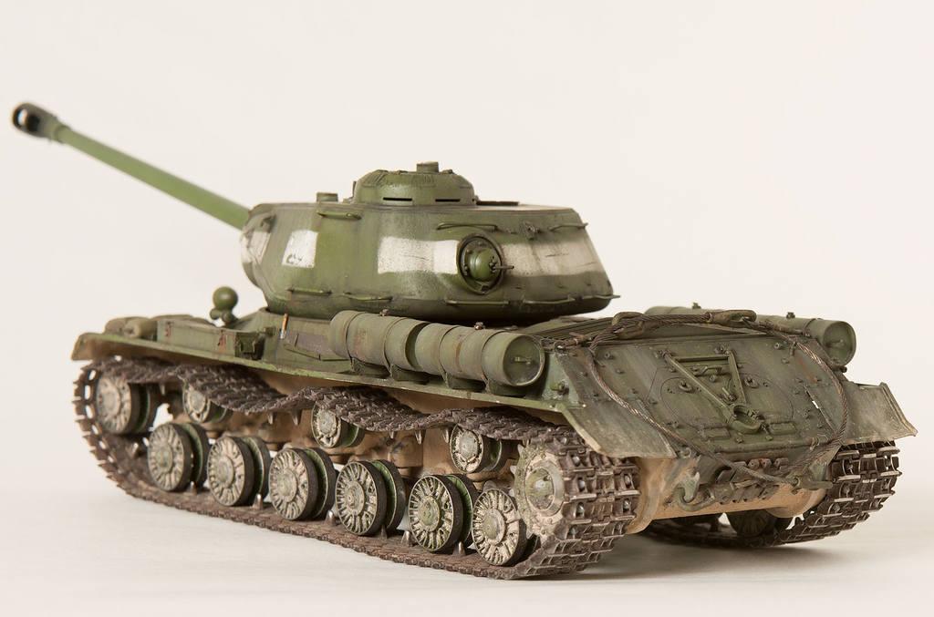 Тяжелый советский танк ИС-2 15341670