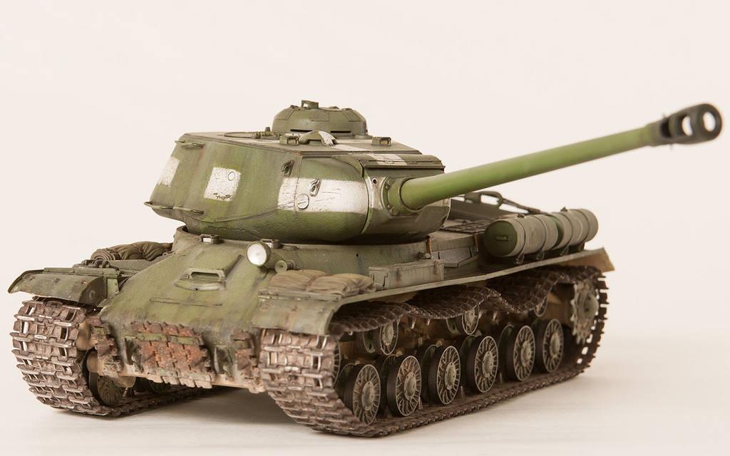 Тяжелый советский танк ИС-2 15341672