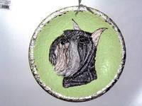 Роспись на ломаной яичной скорлупе,гуашь 15511387_s