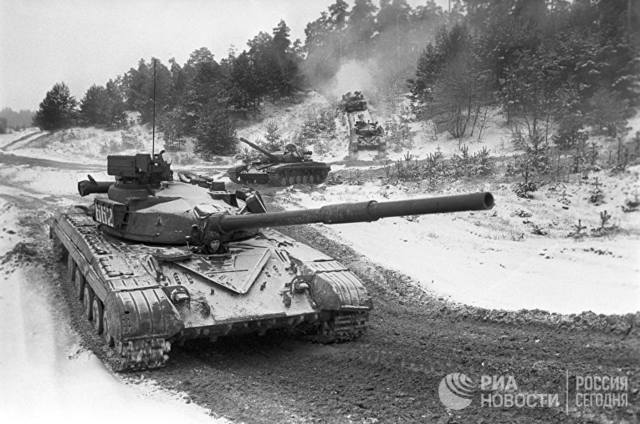 Т-64АВ Трумпетер 1/35  27055994_m