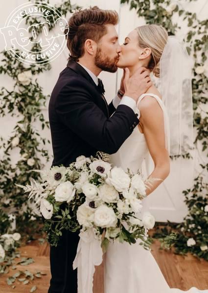 Lauren & Chris Lane - Bachelor 20 - Discussion - #7 - Page 20 28504794_m