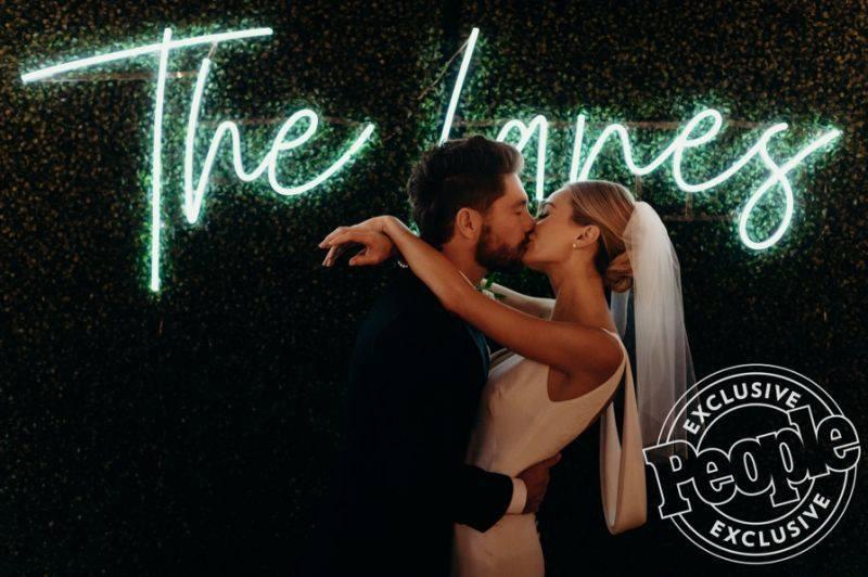 Lauren & Chris Lane - Bachelor 20 - Discussion - #7 - Page 20 28504946_m
