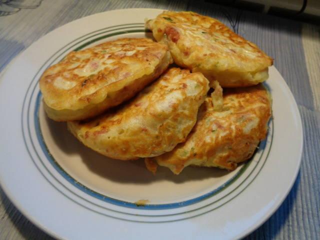 Сытные блины (оладьи) для завтрака или ужина 34615724_m