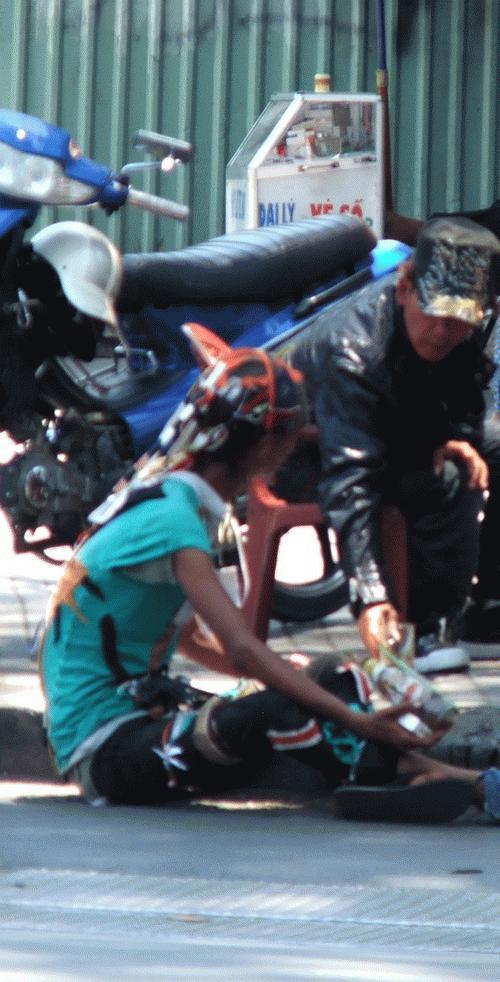 Hot Boi đường phố của Việt Nam đây Images1936433_Dai_ca_9