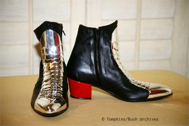 """[LIBRO] Michael Bush pubblica """"The King of Style"""" - Pagina 4 Mj-boots-1843700_0x440"""