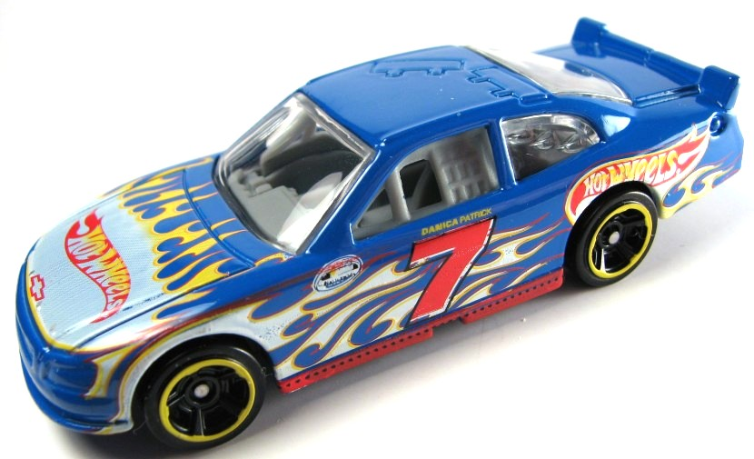 The Diecast/Hero Card/Other Memorobilia Thread - Page 4 2011DanicaPatrick2010Impala