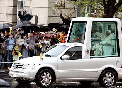 """To the Popemobile!"" - Mediger Guide Popemobile_Real"