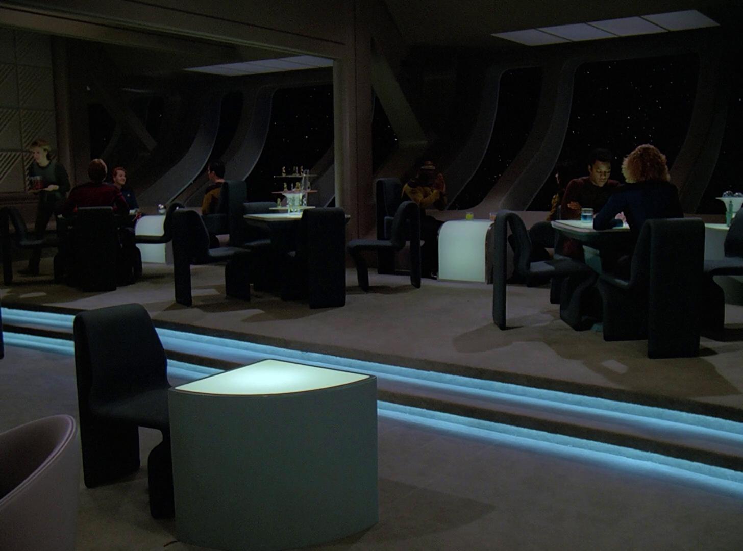 Votre bar préféré dans l'univers Star Trek Ten_Forward_%28lounge%29