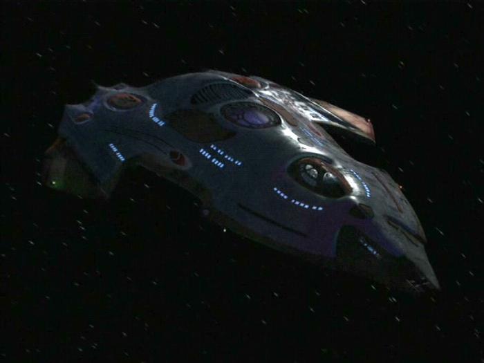 Taille comparée des vaisseaux dans star trek USS_Relativity