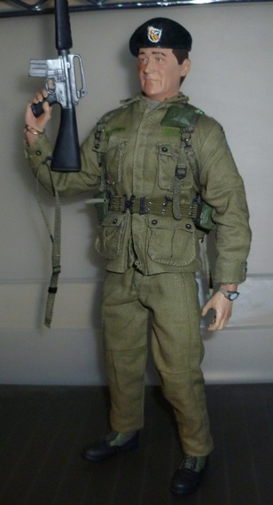 Sideshow John Wayne: The Green Berets! 1a11626ce6570a4f4cd36121c47242fe0fa79e89_r