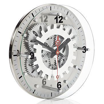 நேரம் பழையதாகிவிட்டது  Moving-gear-wall-clock-188727644