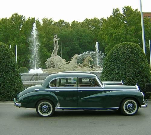 Bientôt une surprise ! Mercedes-benz-300-c-adenauer-1954_2f2ac3b6_3