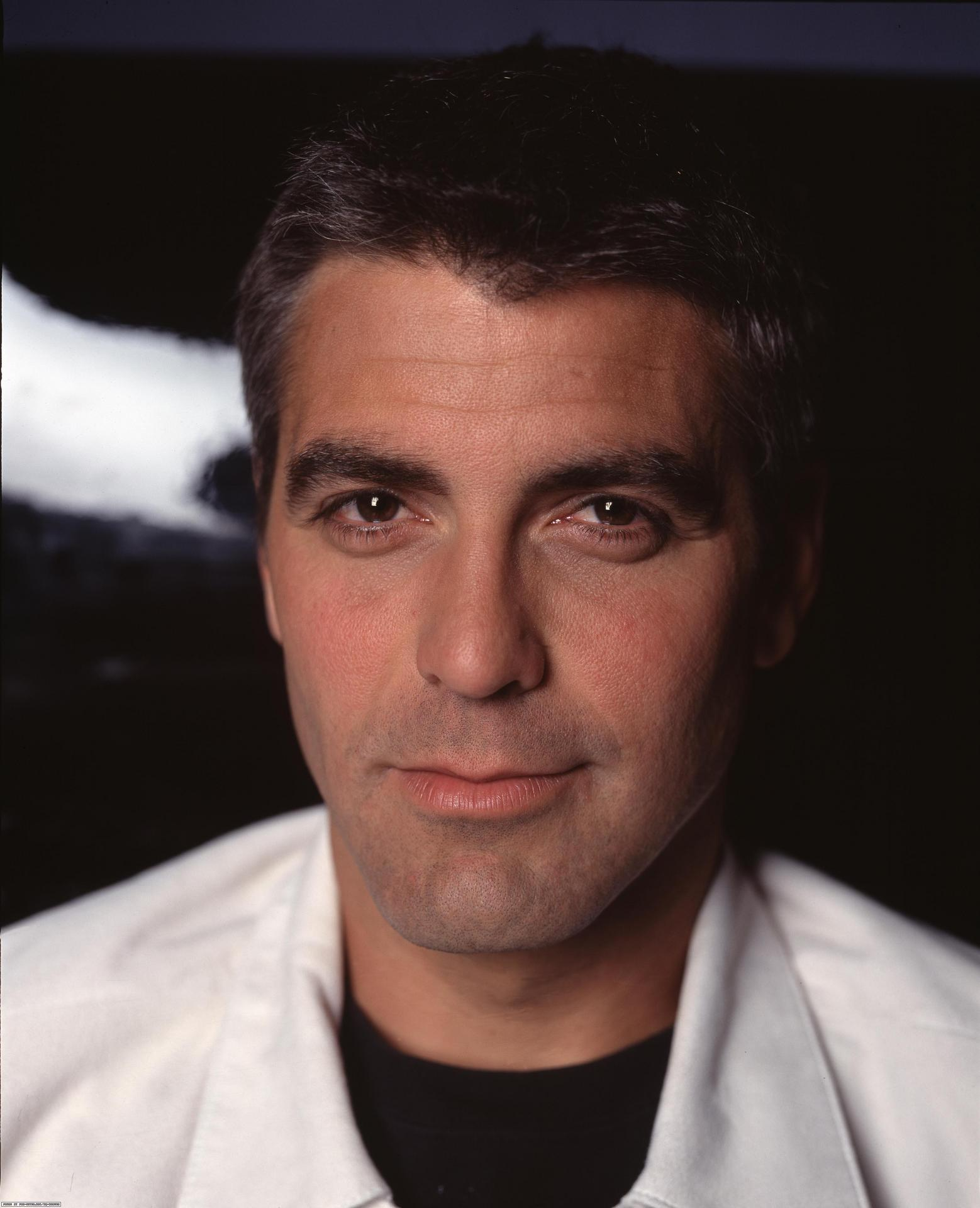Here's Proof That Clooney Only Gets Better With Age - Page 4 George-Clooney-hottest-actors-1083454_1558_1920