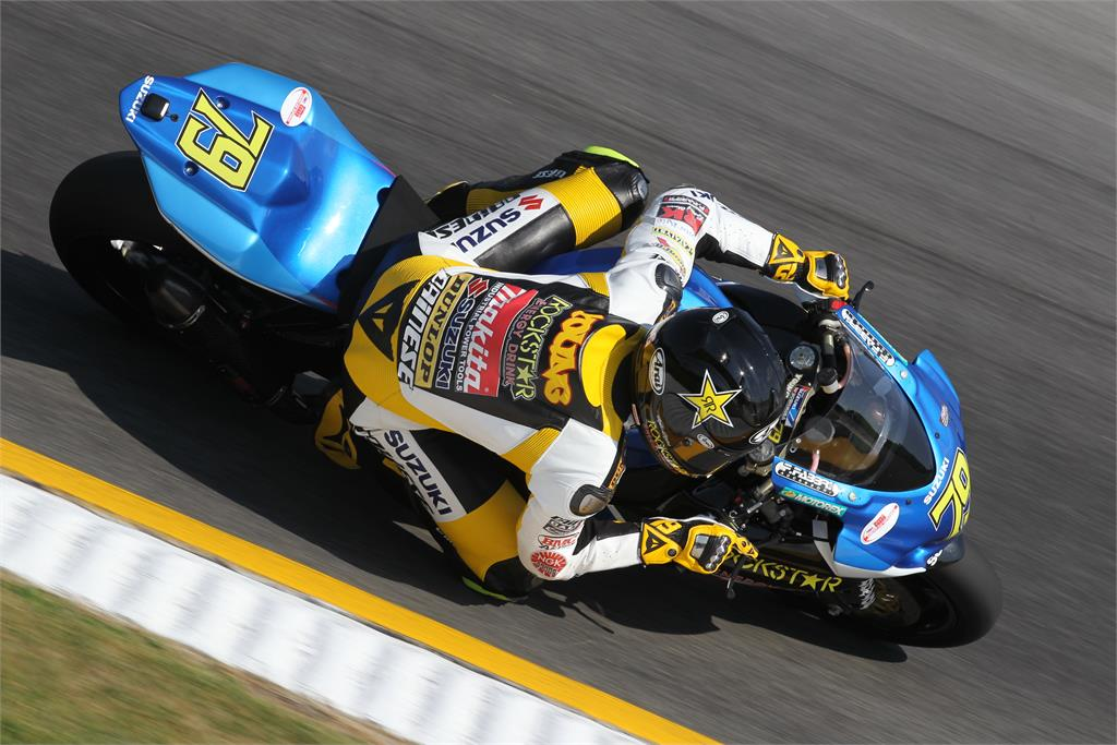 Le GSXR 1000 09-10-11 - Page 12 Asbk5younga1