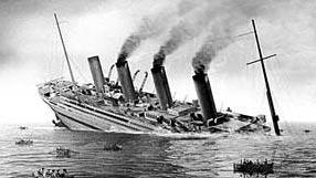 piani  -scr - HMHS Britannic - (realizzazione su base Titanic Amati 1/200) - Pagina 4 Britannic_sinking