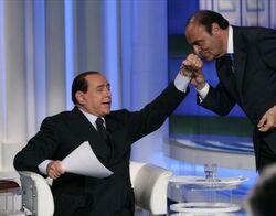 Marco Mengoni - Categoria artisti (Thread ufficiale ) - Pagina 17 250px-Berlusconi_vespa_baciamano