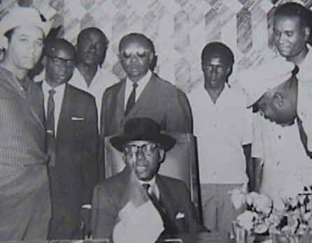 Pages d'histoire de l'époque Duvalierienne DuvaliersesProches-vi