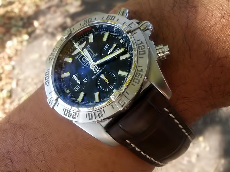 Breitling Watch Company Breitling_Blackbird_jaw_05-vi