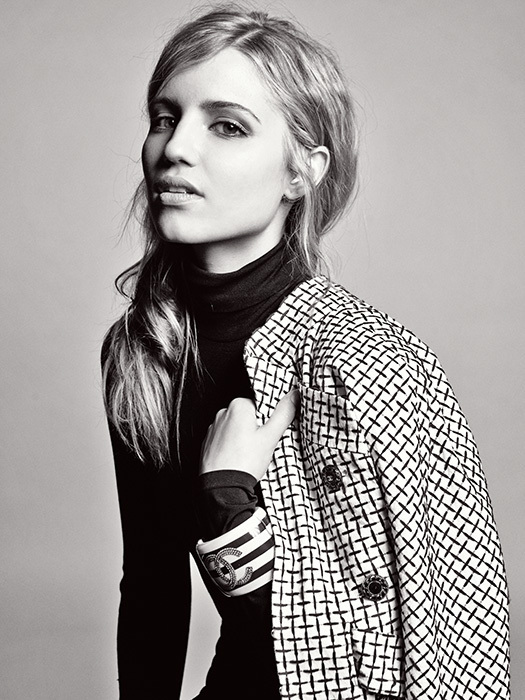 Katie Bell Dianna-Agron-Photoshoot-in-Interview-Magazine-dianna-agron-10020052-525-700