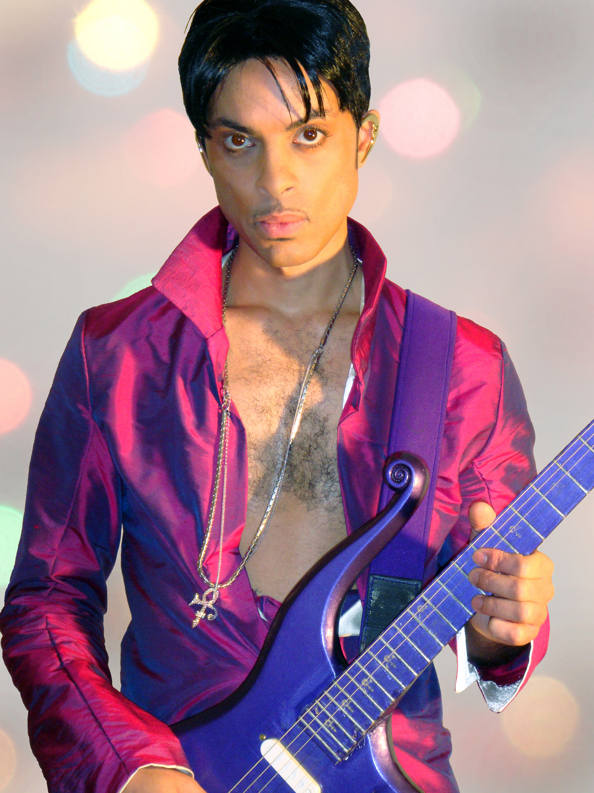 Les différents visages de chaque type... Who-is-this-guy-looks-like-Prince-prince-10580798-1920-2560