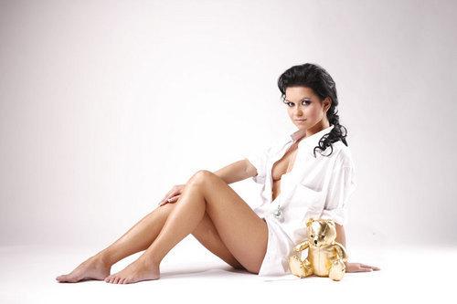 Noticias INNA Inna-inna-romanian-singer-10617752-500-333