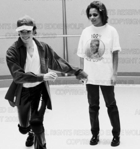 Raridades: Somente fotos RARAS de Michael Jackson. - Página 5 RARE-MJ-michael-jackson-12440744-456-485