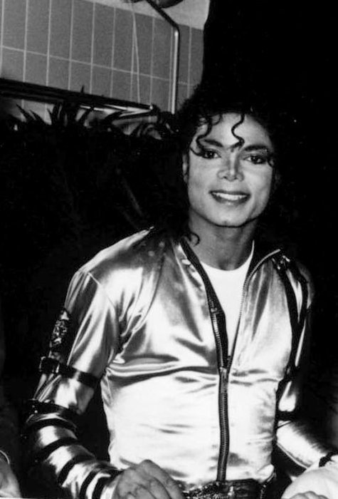 Raridades: Somente fotos RARAS de Michael Jackson. MJfangirl-michael-jackson-14417593-475-700