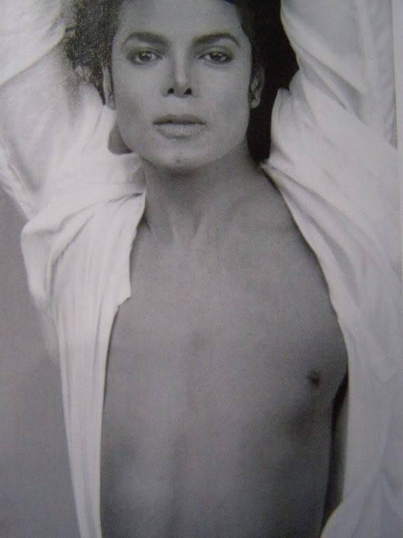 Michael Jackson in posa (anke come modello era bellissimo) - Pagina 5 Hmmm-Sexy-Mike-michael-jackson-8711177-576-768